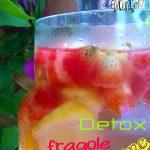 Acqua DETOX : ananas fragole e limone