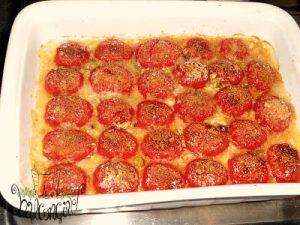 spaghetti con pomodori infornati3