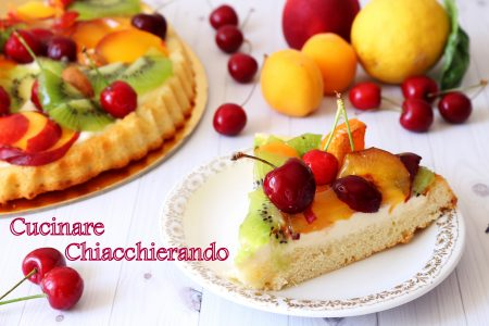 crostata di frutta fresca e crema