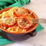 Linguine con pomodori infornati